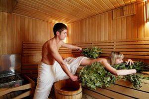 Париться в бане