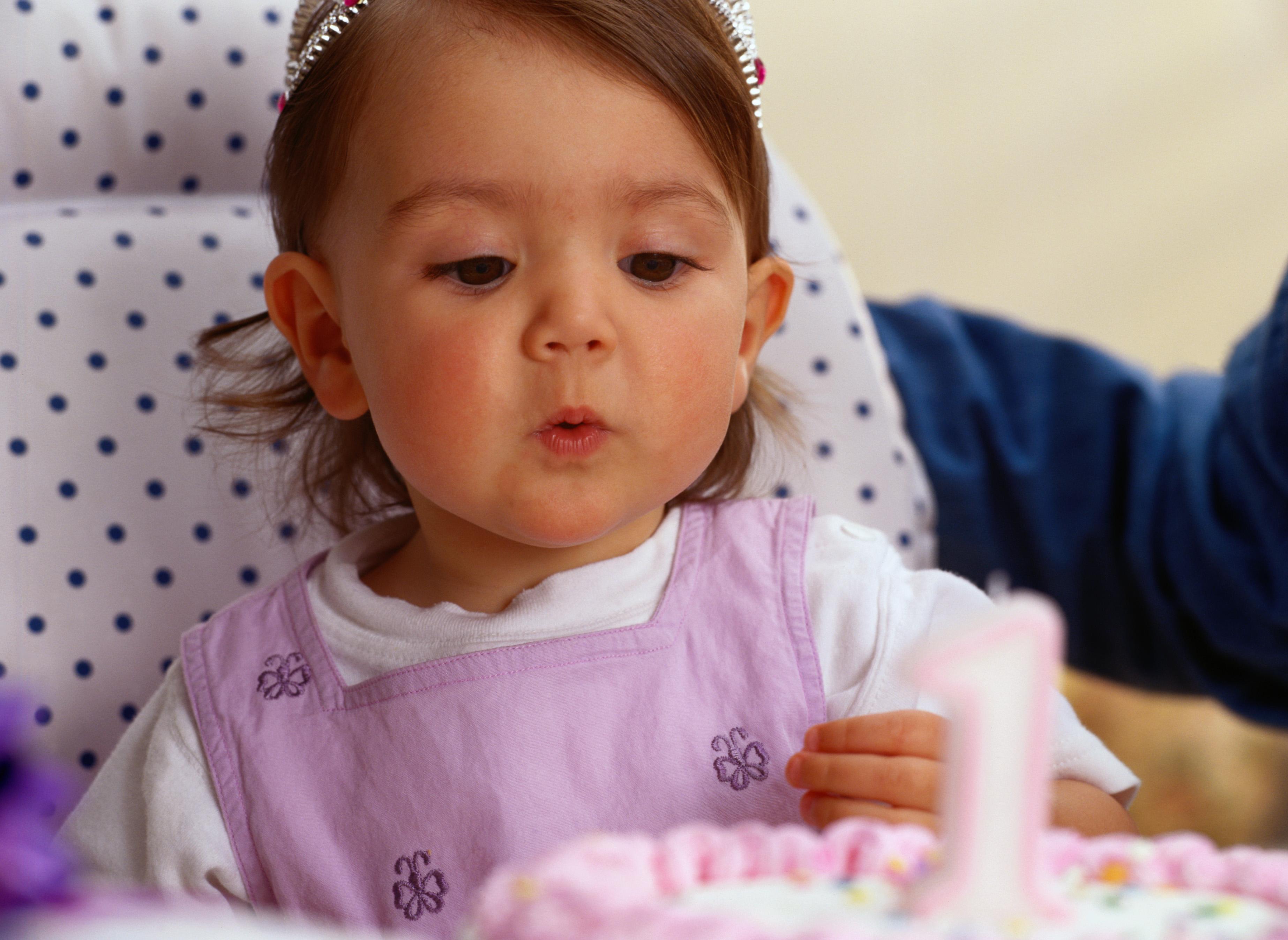 Ребенку 1 год картинки