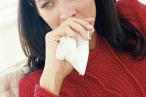Причины недержания мочи при кашле и его лечение