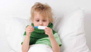 Почему ребенок кашляет, когда ложится спать и что делать