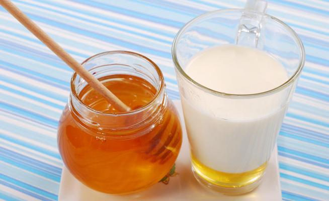 Средство от кашля в домашних условиях с молоком