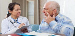 Почему развивается пневмония у лежачих больных